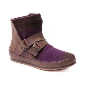 Sorel Yaquina Leather Blanket Boots in Dark Brown